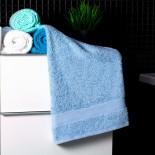 Bavlnený uterák svetlo-modrý
