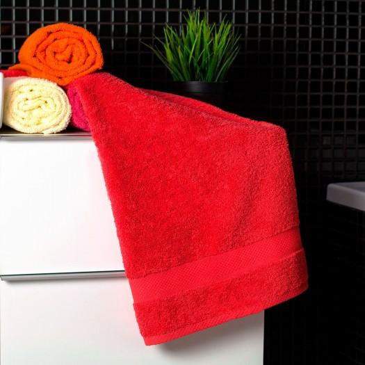 Bavlnený uterák červenej farby